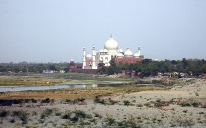 1024px-Taj_From_Agra_Fort